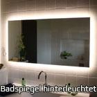 Badspiegel hinterleuchtet