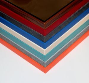 Spiegelwand auf Holz mit Umleimer Auswahl