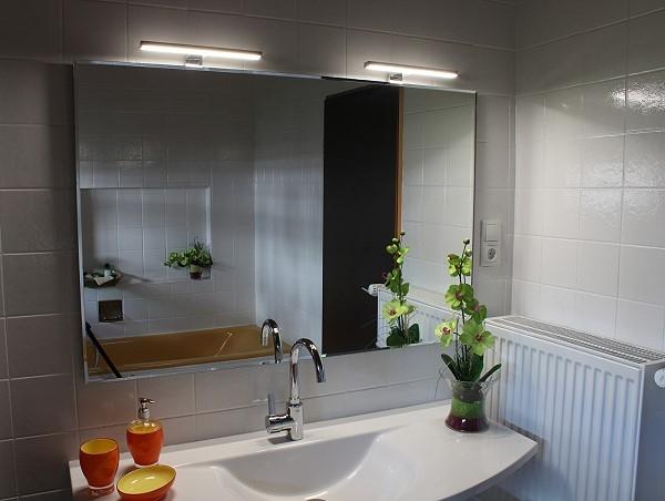 joana ii led badspiegel leuchtspiegel. Black Bedroom Furniture Sets. Home Design Ideas
